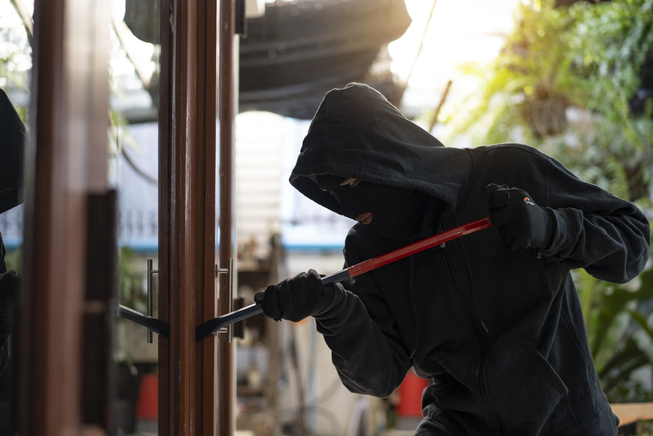 Inside the Plan of a Burglary – What You Need to Know to Protect Your Home From Criminals