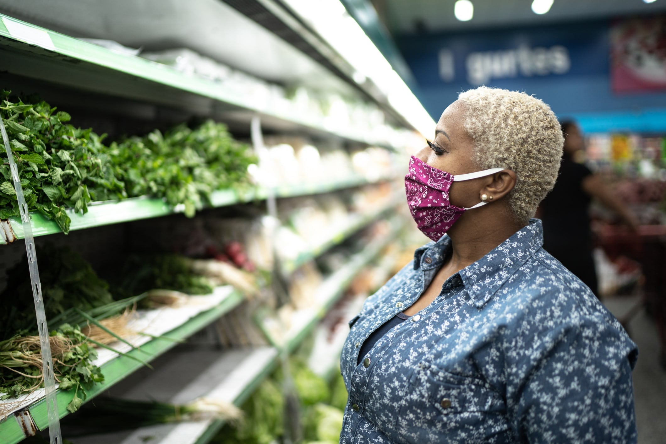 Is It Safe to Grocery Shop During the Coronavirus Outbreak?
