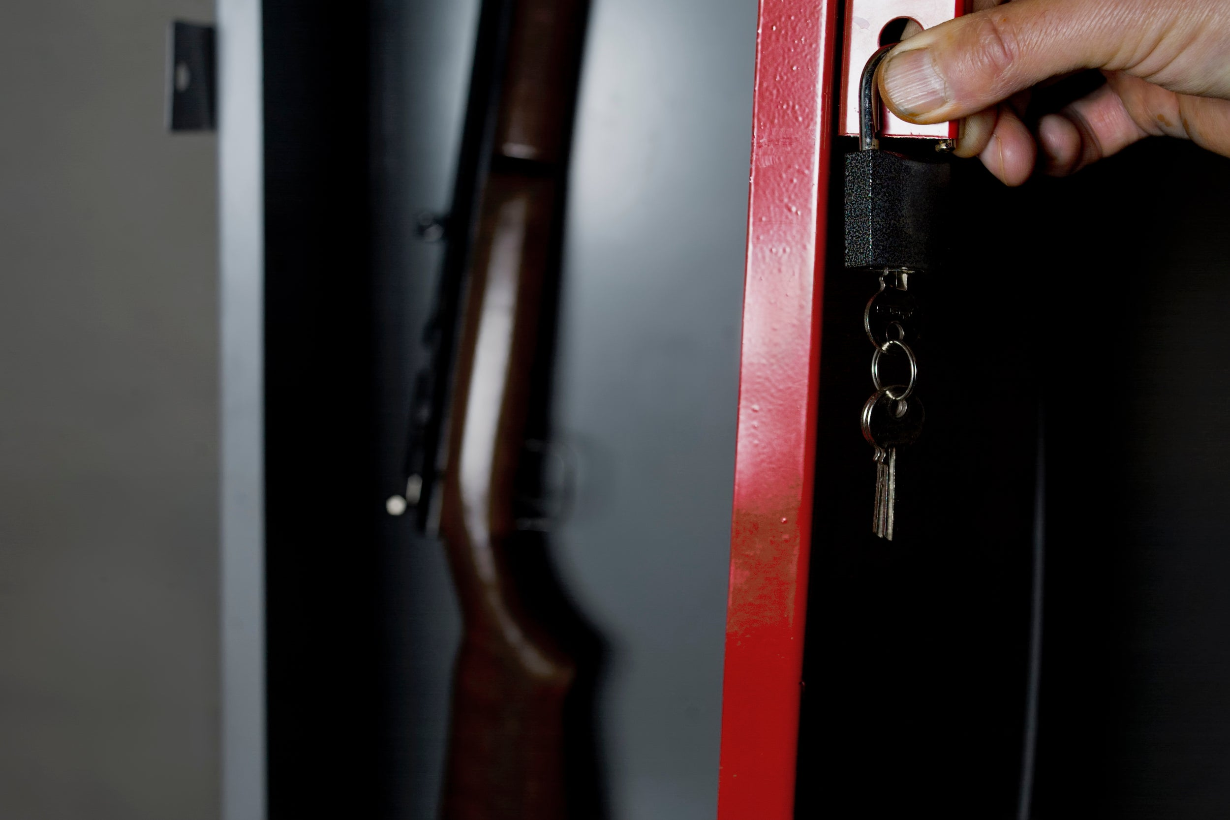 Does A Gun Make Your Home Safer?