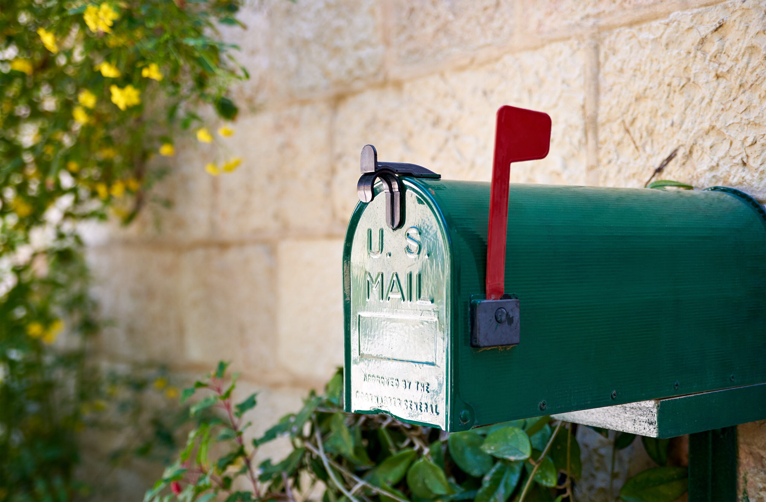 How Ring's Mailbox Sensor Keeps Your Mail Safe