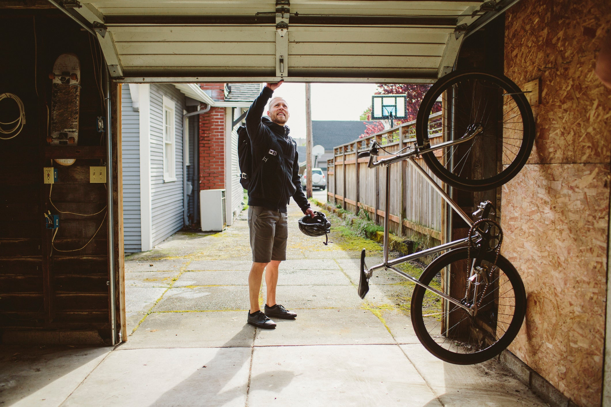 10 Ways to Keep Thieves Out of Your Garage