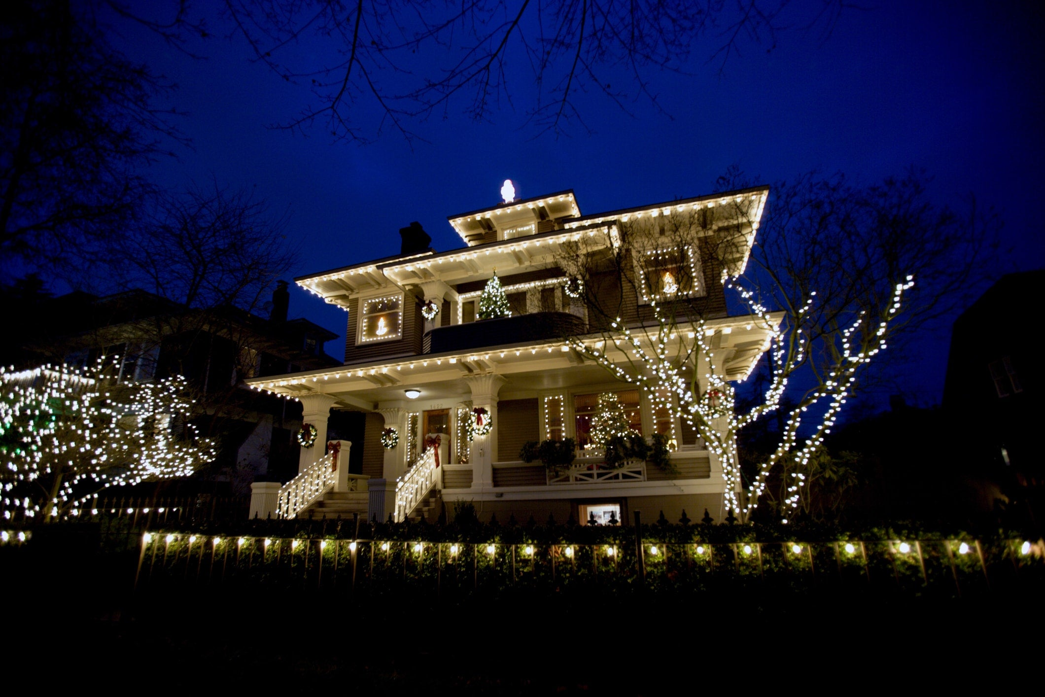 1 in 4 Americans Aren't Planning to Protect Their Homes From Burglary This Holiday Season