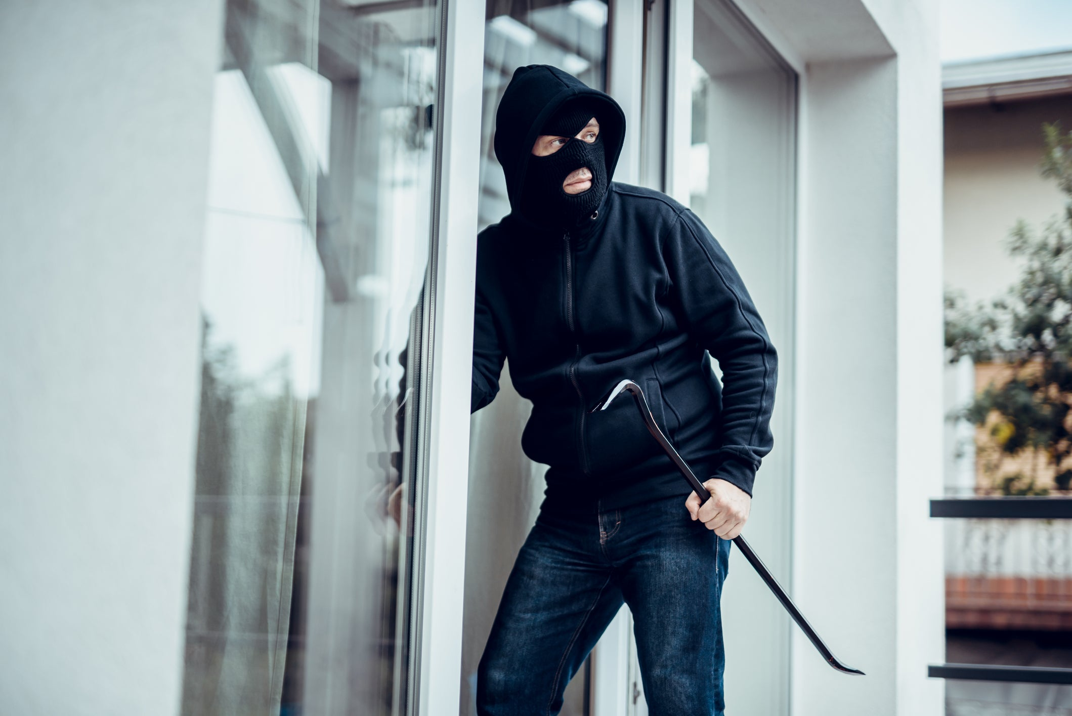 Burglary Statistics and Safety Guide for Families image